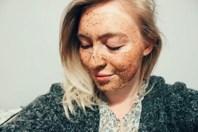 LUSH Cup O' Coffee Face and Body Mask application